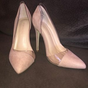 Nude suede with pvc pumps
